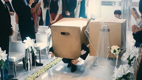 MGSV-Cardboard-Box-CM_08-28-15