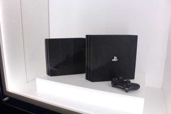 PS4 Pro и Slim